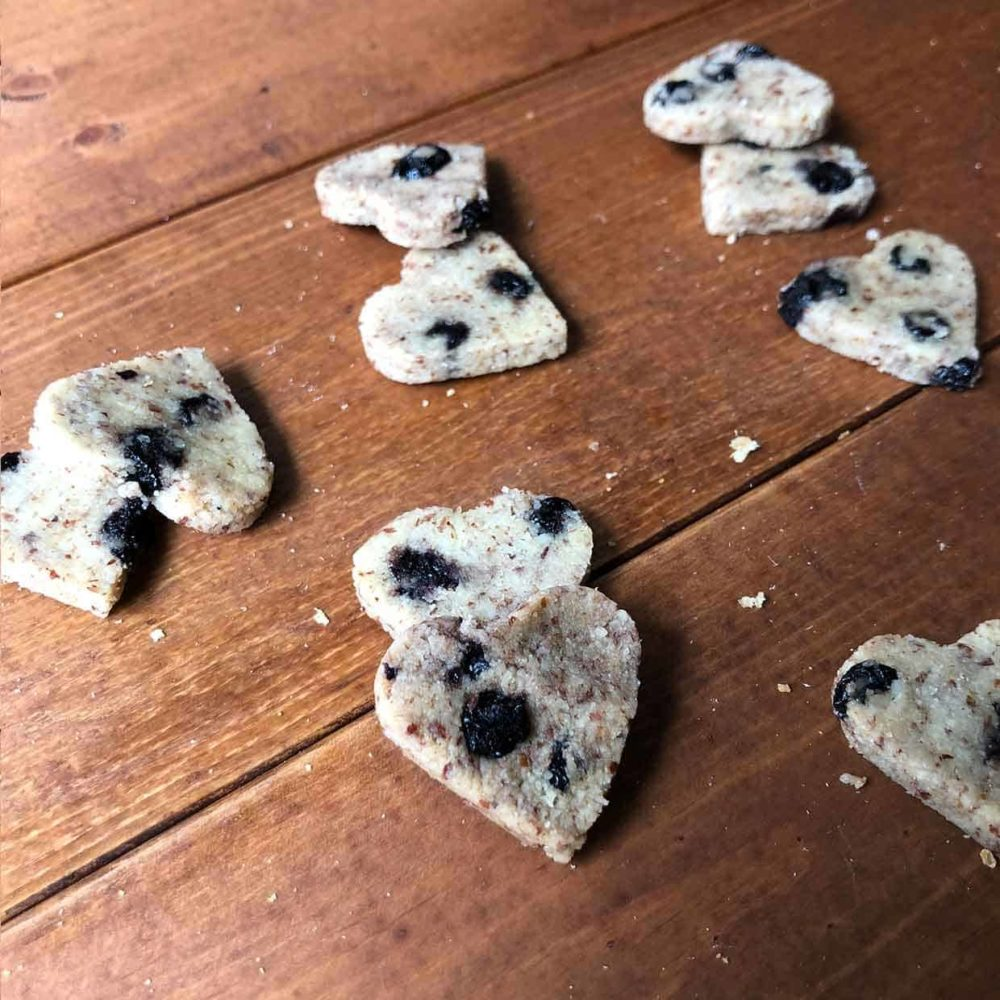 Pawmeal Blueberry Hearts 3 1240x1240